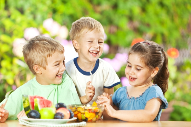 Kids can eat healthier on vacation