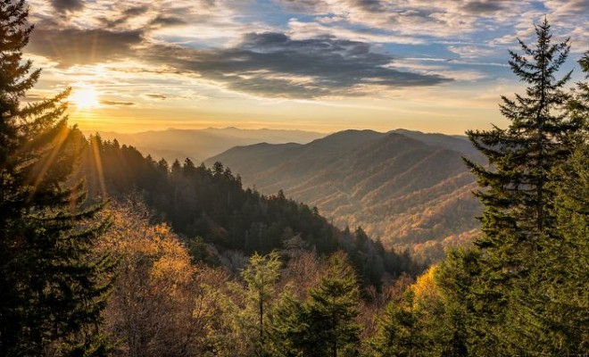 Get Away with a Great Smoky Mountains Vacay!