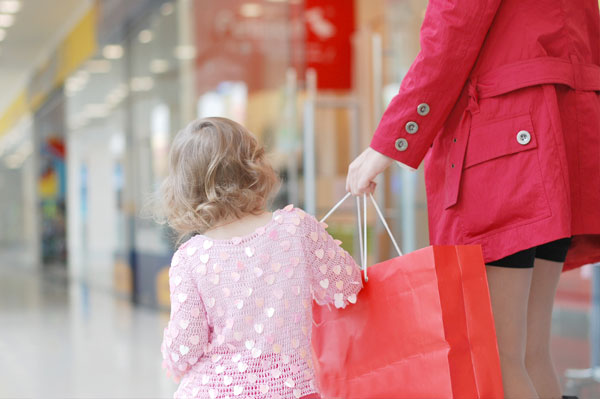 Tips for Safe Holiday Shopping with Kids