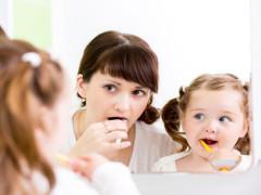 kidsbrushingteeth