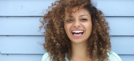 4 Tips to #LoveYourCurls this Winter