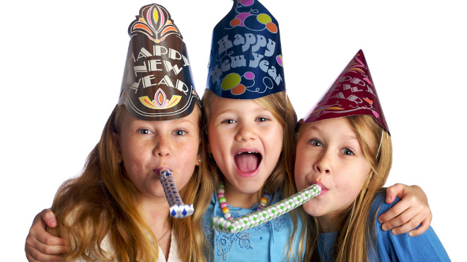 9 Ways for Your Family to Ring in the New Year