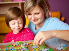 parenting_momchildpuzzle