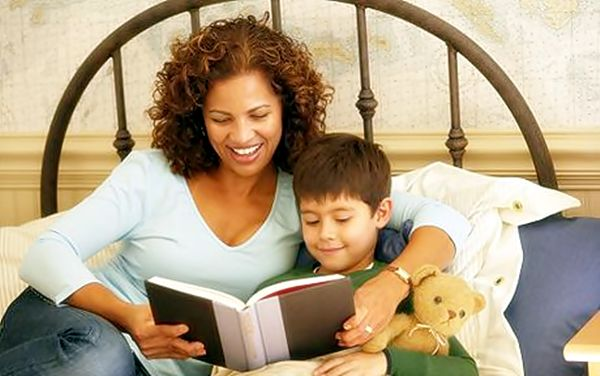 The Importance of Reading With Your Kids