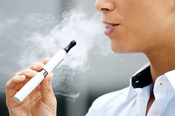 E-Cigs: What Parents Need to Know About the Latest Teen Trend