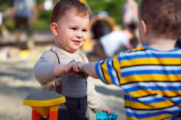 5 Tips to Teach Toddlers to Share